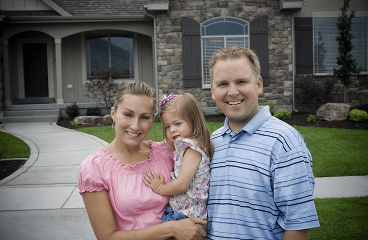 6 Useful Tips for Buying a House (Steps & Checklist)