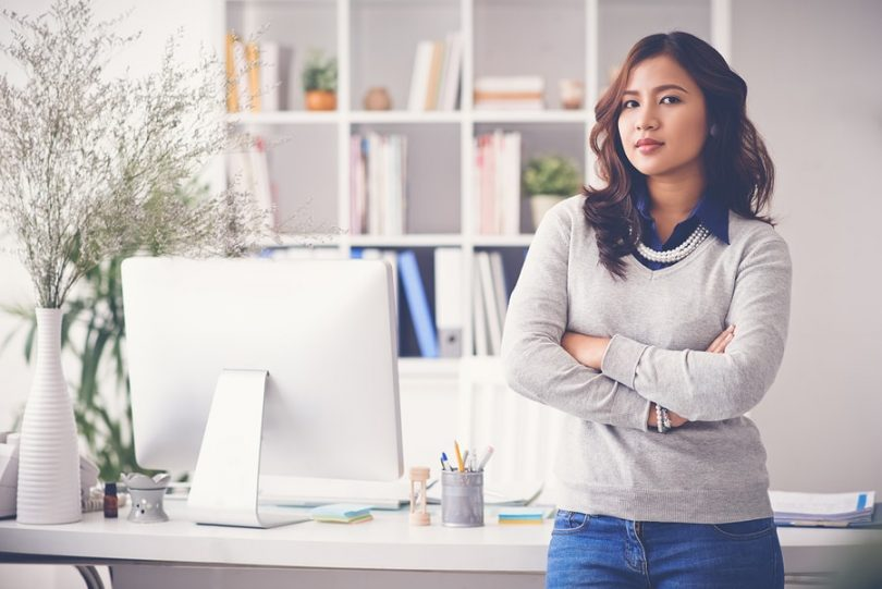why are male and female entrepreneurs The survey also found some interesting differences between female entrepreneurs and their male counterparts when asked about their key character traits, 58 percent of women considered multitasking to be a strength, versus only 40 percent of men.