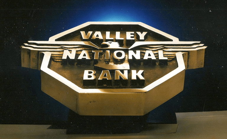 Valley National Bank Review