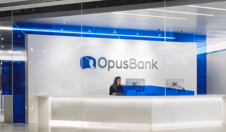 Opus Bank Review