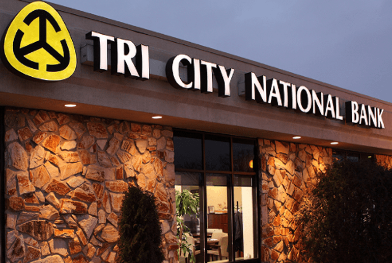 Tri City National Bank Review