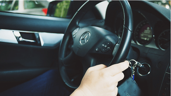 car rental with debit card-min