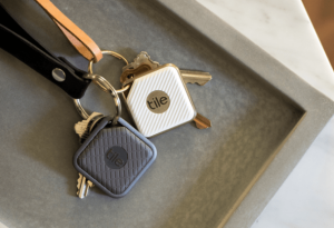 tile or trackr